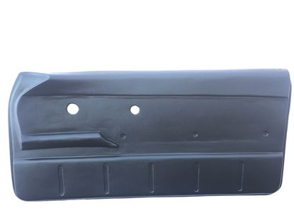 Picture of FRONT DOOR PANEL COV RIGHT SIDE